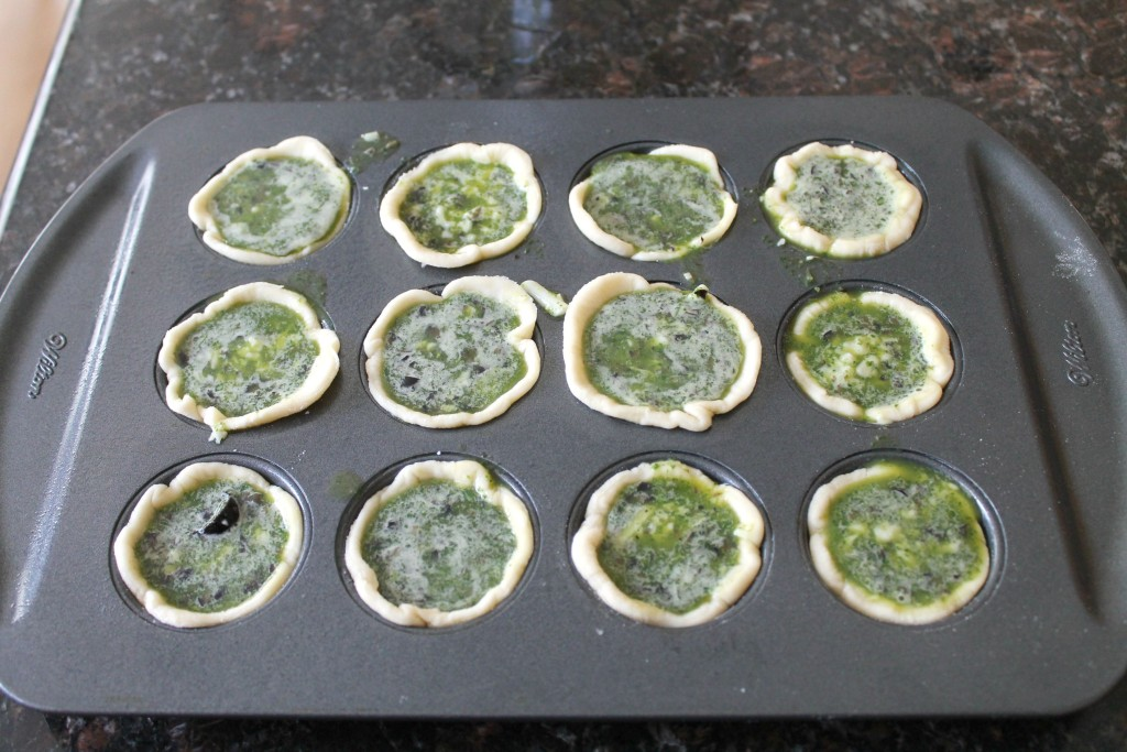 Mini Egg and Spinach Quiches 9