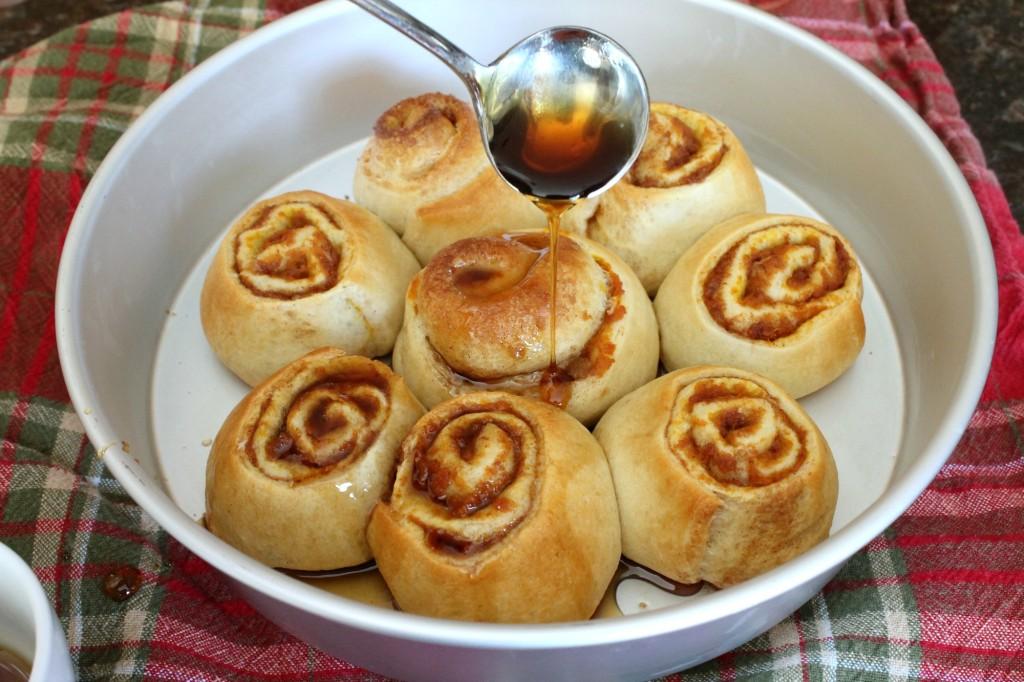 Pumpkin Cinnamon Rolls with Piloncillo 12