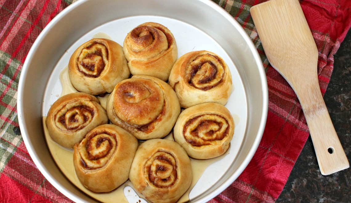 Pumpkin Cinnamon Rolls with Piloncillo