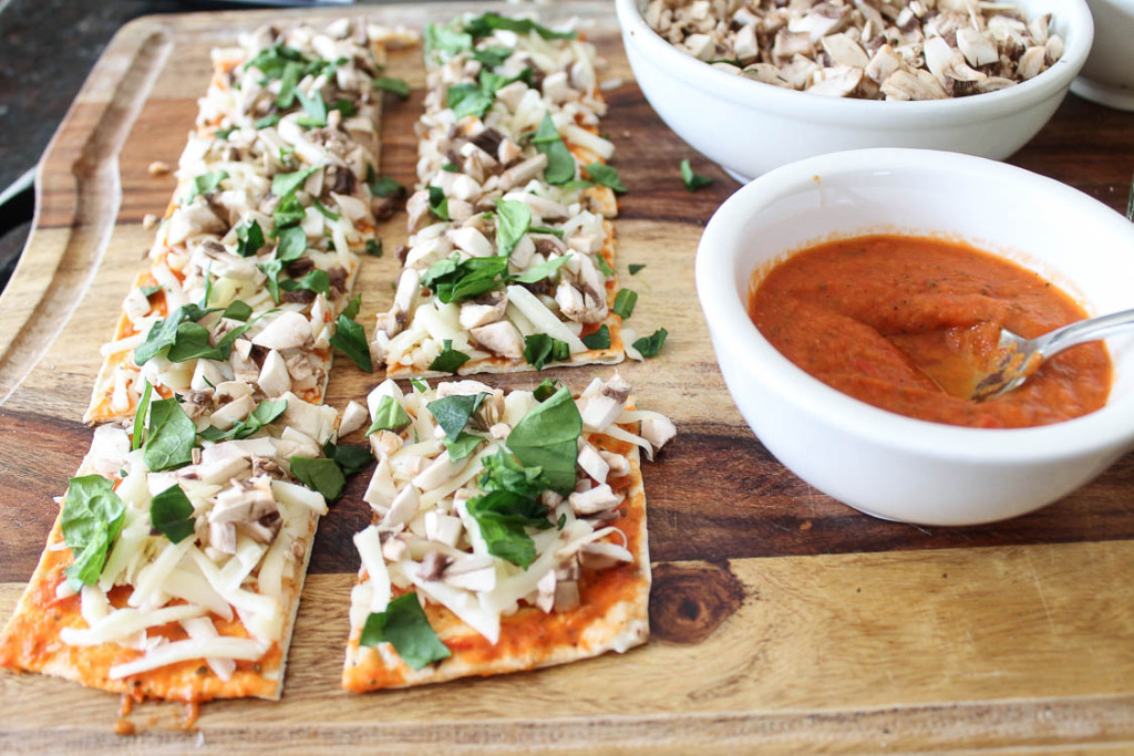 Make ahead veggie pizza cups for back to school lunch